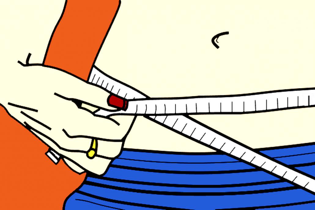 Eine Frau die ein Maßband um ihre Hüfte gelegt hat, um ihr Umfang zu messen.